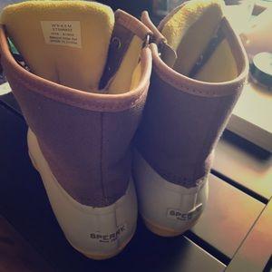 Light gray Sperry Duck boots